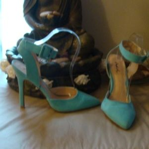 Turquoise Stilettos, peep toe, size 9